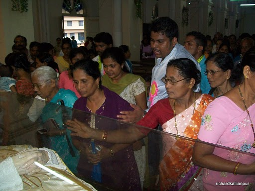 Preparation for Annual Feast of Milagres Church, Kallianpur declared open - images