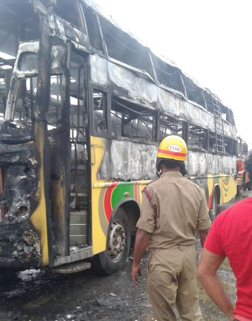 Bengaluru-Hubballi private bus catches fire- 3 die, 9 injured