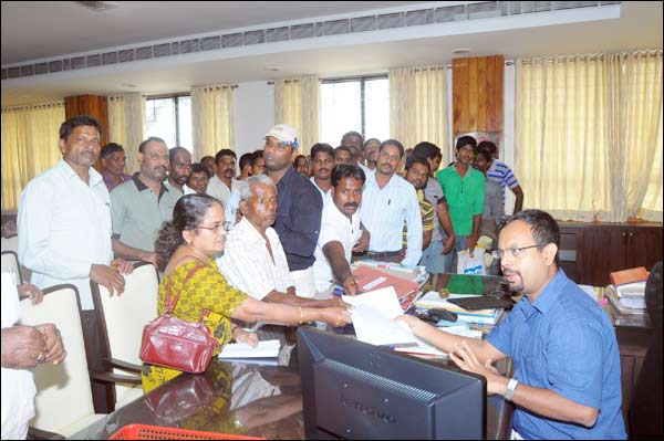 Udupi: Fishermen Urge District Administration to Withdraw Permits Given to Sand Miners