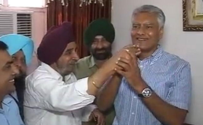 Congress Leads As Votes Counted In Prestige Battle For Punjab's Gurdaspur