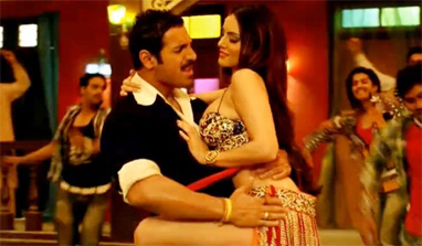 Sunny Leone's item number Laila goes viral