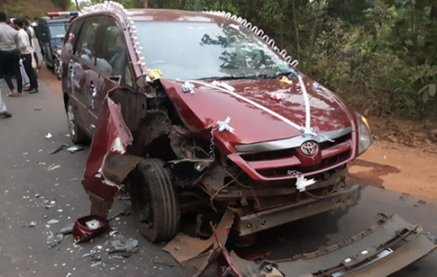Newlywed couple escape unhurt, three others injured in car-lorry collision
