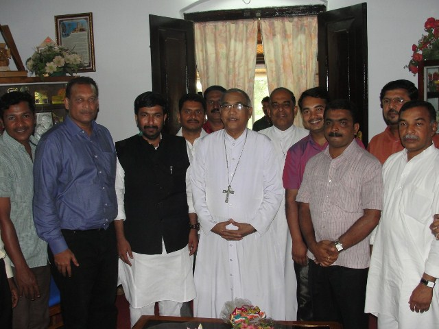 Mangalore Bishop persuades government to recognize Catholic Youth