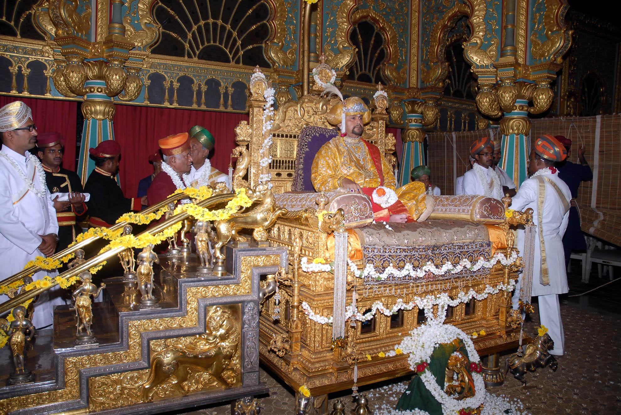 Scion Of Mysore Royal Family Passes Away Sulekha Creative